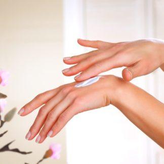 Hand und Nagelpflege